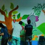 #voluntariado @morganRSE en acción Hospital de Chepo con @SangrePanama #Arte #Panamá http://t.co/LdGf373p4D