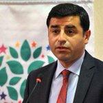 Demirtaş, Der Spiegel'e konuştu: Suruç katliamını AKP yaptırdı http://t.co/AH3k4AD5Ry http://t.co/b8icsWA0z6