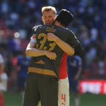 Love This They Look Like Brothers ???? @PetrCech @mertesacker #Bromance http://t.co/56FMXLpP97