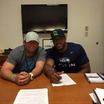 #Seahawks finalize 4-year $43 million contract extension with LB Bobby Wagner >> http://t.co/pMpehvqV9a http://t.co/OD9K2x7ZYj