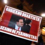 ¿Sólo roban frutsis y gansitos? Duarte lleva más de 15 periodistas muertos #JusticiaParaRuben http://t.co/e4K11wAdX0 http://t.co/nQxncdEDlg