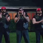 The real stars of #SHESKINDAHOTMUSICVIDEO http://t.co/iINTZeIrlS