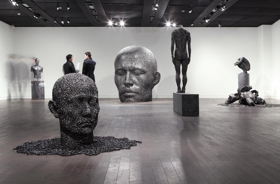 Bike Chain Sculptures by Young-Deok Seo. #NFTO http://t.co/McofNgzOFf