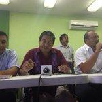 Cambia @SECCIONXXII postura, podría aceptar diálogo con #AMLO durante su visita a Oaxaca http://t.co/A6MpJzLkXY http://t.co/lRYF5OvQhL