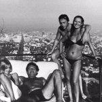 Джессика Лэнг, Милош Форман, Владимир Высоцкий, Марина Влади. США, Лос-Анджелес, 1976 год. http://t.co/juvMyxH45K