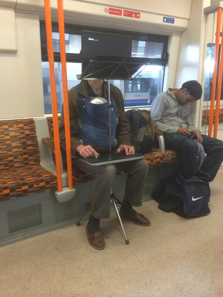 This is apparently a real thing that happened on the London Overground. Do you know this man? http://t.co/KlfUixppqs