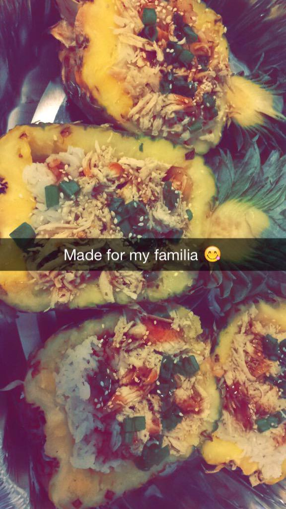 Made shrimp, teriyaki chicken, pineapple bowl for my fam�� http://t.co/2W1R97qmIx