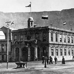 #TBT to the vista of #TableMountain as seen from #GreenmarketSquare in 1909... classic, right? Image by Hilton T http://t.co/CTQaTT90kx