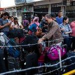 #ETCrisisVenezuela CIDH pide detener deportaciones de colombianos de inmediato http://t.co/3At7RuEOZu http://t.co/Cd8A7He5kS