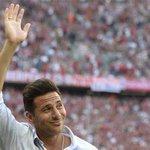 Así fue el adiós a Claudio Pizarro http://t.co/qNbi5HHDIt #Bundesliga http://t.co/GXAM86yuwN