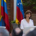 Canciller venezolana afirmó #EstaSemana que Venezuela no ha agredido a ningún colombiano. http://t.co/g9r6qG0oSC http://t.co/X5eqNTWWqO