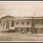 مقر الكليةالتي بدأ بنائها في عهد السلطان عبدالحميد الثاني ثم توقف،وفي الصورة استكمال البناء في عهد الملك سعود كمدرسة. http://t.co/68zuI2B3It