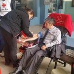 #Loja l Concejal @DarioJaramilloP, se une a la Campaña de Donación de Sangre que es organizado por la @CruzRojaLoja. http://t.co/R6jAaxhNsu