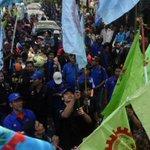 25 Ribu Buruh Bekasi Serbu Jakarta http://t.co/CPUHVRB6NJ http://t.co/CuuHJjcmSE