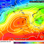 """""""@DerekTheWeather: Happy first day of meteorological autumn September 1st. High pressure on the way! http://t.co/dPTbxkStBB""""hope so!!!"""