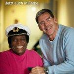 Mit Joachim #Herrmann dürfen wir uns vermutlich schon mal einem Zuschauer sicher sein ???? #lerchenleaks http://t.co/Z9iW04YkKX