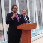 "Mayor @Nenshi : ""this is a very big deal"", ""when we invest in transit we give people back time"" #yyc #abpoli http://t.co/c8363TRQww"