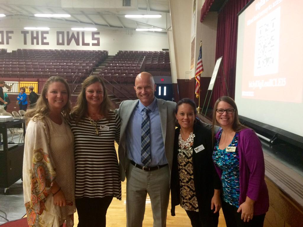 Got to meet this guy today @E_Sheninger Very proud professional moment. So many great ideas. #spokanelead #Inspired http://t.co/oqopRNfwGV