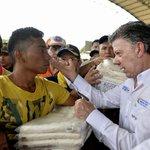 Colombianos en Venezuela: Santos busca sacar provecho electoral de situación fronteriza http://t.co/NDOS0zFOcI http://t.co/jObDtRhAJQ