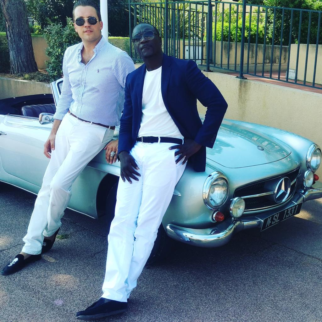 """HOT NEWS!!!! TOMORROW the official Musicvideo is out!! DJ Antoine feat Akon """"Holiday"""" #akon #HOLIDAY @akon http://t.co/m21tJZ1gjF"""