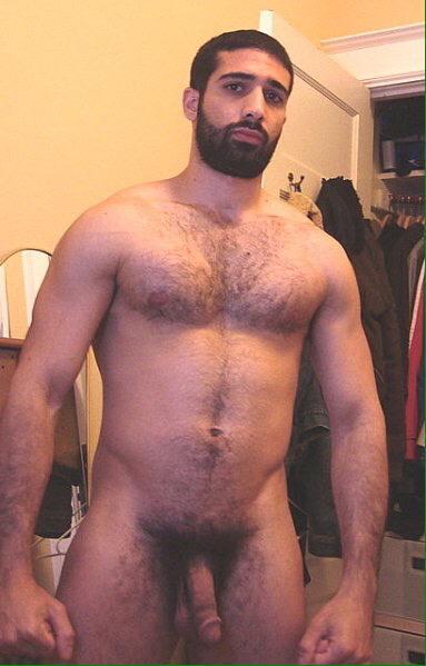 фото голый гей кавказец