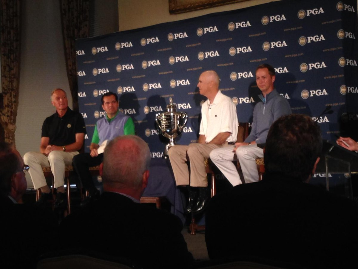 PGA and Oak Hill officials making the announcement that @PGAChampionship will return in 2023 http://t.co/Q8pKJHjFhH