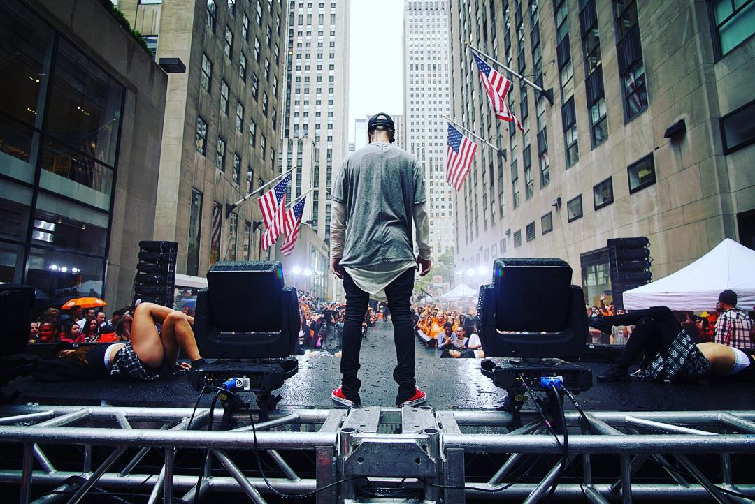Thank you for an amazing performance @justinbieber #BieberTODAY #BieberIsBack #WhatDoYouMean  http://t.co/0x3HreF9LR http://t.co/qkpRtY5gVe