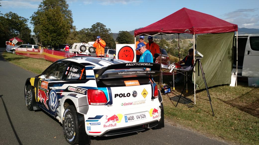 . @SebOgier and Julien Ingrassia are about to check into the start of SS1 Utungun. Here we go! #rallyaus http://t.co/m3iObhAZ5Z