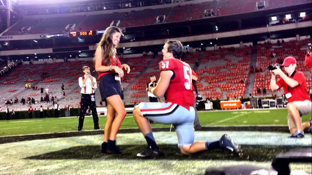 Congrats to Jake Ganus! The linebacker proposed to his girlfriend (and she said yes!!) on the 50 after tonight's win! http://t.co/qmiLD1dZtk