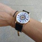 Découvrez la #montre tendance à prix mini #bijoux #paris http://t.co/3uld8Ar9j9 http://t.co/gxDyy4ZMYl