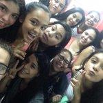 Buenas con mis niñas de la academia! 😘 http://t.co/cQyZj5dAef