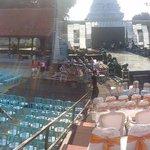 Banyuwangi Batik Festival 2015  ayo buruan gabung... Gratis... Taman Blambangan, 19.00 wib http://t.co/h1T1OxJ4sX