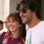 Johnathan Thurston spent the morning posing with supporters, regardless of their allegiance. #9News http://t.co/pd1KE3xyU5