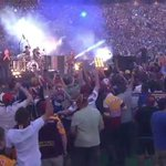 Fans are loving Cold Chisel, are you? #NRLGF #WWOS http://t.co/UVRbqEKrHV