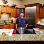 Tune in to @FOX19 in 10 minutes to see what Chef Jason is cooking up this Sunday! http://t.co/ne4bwtnqLU