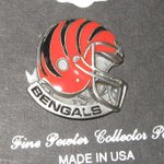 #NFL NFL LICENSED LAPEL PIN TEAM LOGO CINCINNATI #Bengals GO #Bengals http://t.co/33KIDfX9HP #Apparel http://t.co/XrP81g2IfX