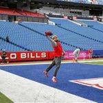 Giants Odell Beckham, Jr. sets 16-game NFL record for receiving yards: http://t.co/rBAj3nnjY5 #NYG http://t.co/zJrRbj3V2W