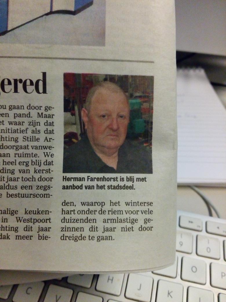 Herman klapt bijna uit elkaar van plezier http://t.co/k2UNOBwJQY