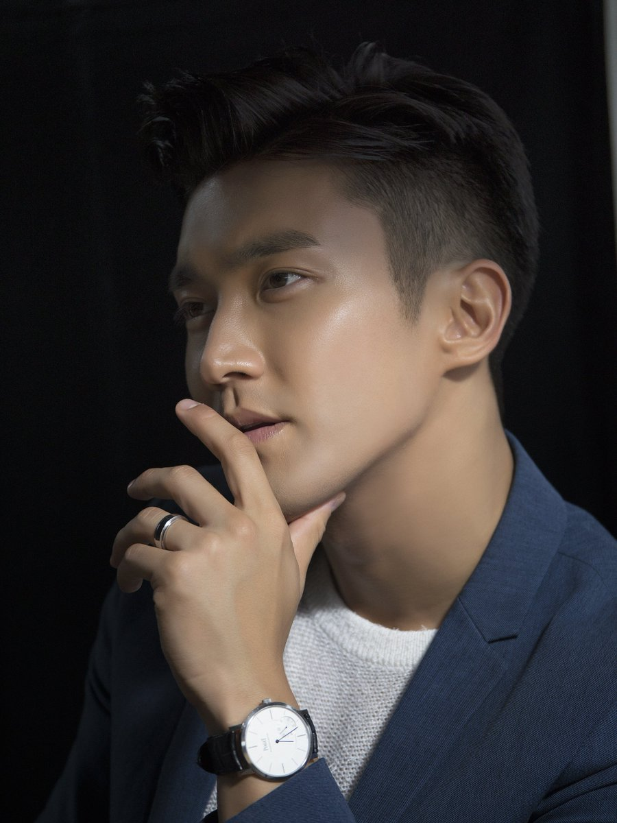 Taking #PiagetPossession to new heights, #Piaget is honored to announce our collaboration with @siwon407 #Siwon #崔始源 https://t.co/PxqcppQVyk