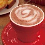 【ローソン】秋にピッタリな「カフェモカ/ミルクココア」はいかがですか♪ご購入の方にお菓子の「ころほろ」を数量限定でプレゼントしています(^^) http://t.co/YxgbskVBaj http://t.co/8iYpTeFklu