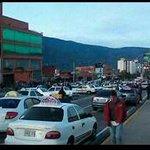 Gobernador de #Mérida pidió levantar MEGATRANCA para dialogar. Taxistas dijeron: NOOOO...!DESPUÉS...! #13Oct http://t.co/CDz5piCsf0