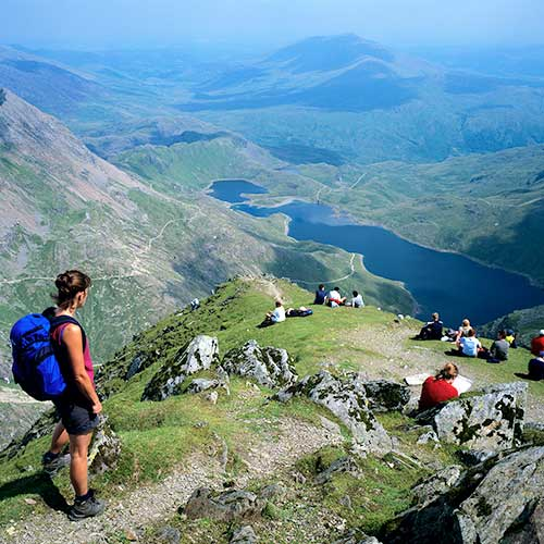 Happy Birthday Snowdonia #NationalPark! @visitSnowdonia 64 and still supplying amazing views like this. http://t.co/YAq6mFD02L