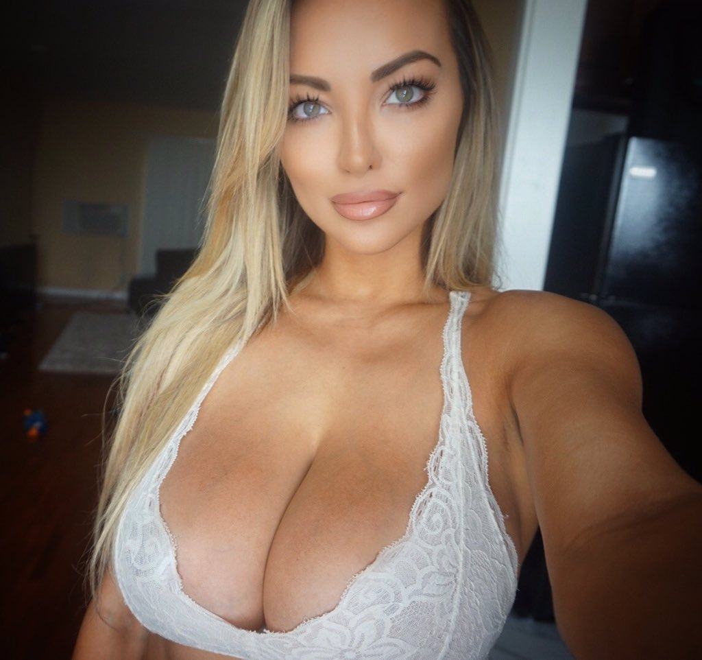 Busty babe Eve Laurence touching her pussy and playing with her boobs № 455912 загрузить