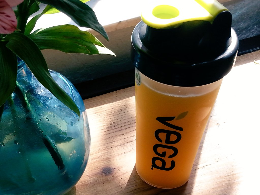 Time to hit the gym, but first, a #Vega smoothie. #ButFirstSmoothie https://t.co/aESQ7tMl65
