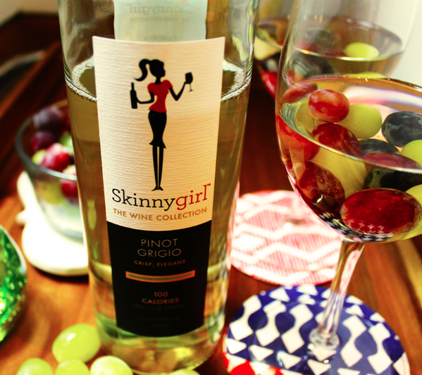 Combining #WCW and #WineWednesday. #sogood https://t.co/OycPckZomh
