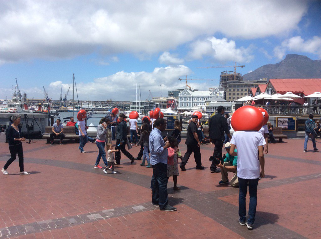 @V&Awaterfront #shareaCokeZa #redemoji everywhere @Andre24Social https://t.co/dtyqmRVYSu