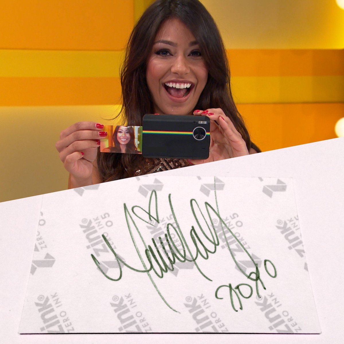 Want this autographed @ManuelaArbelaez selfie? We'll send it to 1 random person who RTs this tweet! #PriceIsRight https://t.co/GnuMGm8CH4