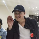 @bryan_white Pabebe wave.  #ALDUBStaySTRONG https://t.co/ysOfAoh28d