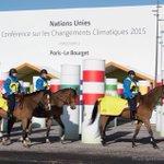 #Bourget A 2 jours de louverture de la #COP21, les cavaliers de la #GardeRépublicaine patrouillent déjà sur le site https://t.co/ftbn2z7mkV