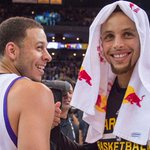 VIDEO: Seth Curry gets hot from 3, brother Steph enjoys his handiwork https://t.co/Y3AUAvHIiV #SacKings #Warriors https://t.co/KAacRGzXG4
